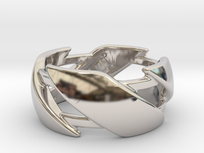 US10 Ring III in Rhodium Plated Brass