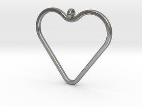 Heart_necklace 1 v1 in Natural Silver: Medium