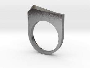 Faceted Pyramid Ring in Polished Silver: 6 / 51.5