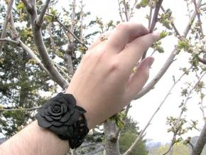 Rose Bracelet in Black Natural Versatile Plastic