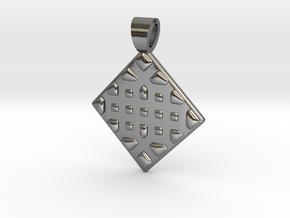 Vorothnic [pendant] in Polished Silver