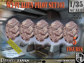 1/35 Sci-Fi Alien Pilots set103 in Smooth Fine Detail Plastic