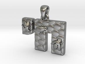 Chai Pendant - Honeycomb in Natural Silver (Interlocking Parts)