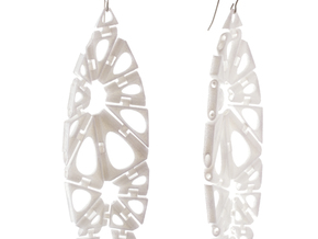 Kinematics 18e earrings in White Natural Versatile Plastic
