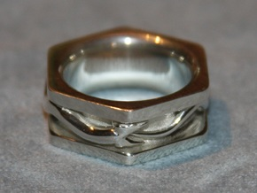 Kekule Ring in Polished Silver
