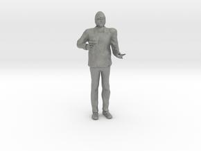 O Scale Ice Cream Man in Gray PA12