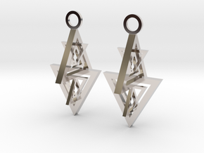 Earing in Rhodium Plated Brass
