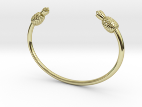 PINEAPPLE LOVE. in 18k Gold Plated Brass: Small