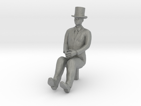 HO Scale Sitting Man in Gray PA12