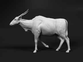 Common Eland 1:35 Walking Female in White Natural Versatile Plastic