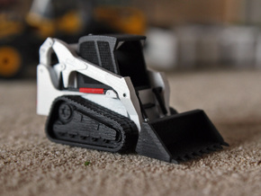 HO - Tracked Skidsteer in Smooth Fine Detail Plastic