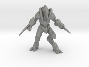 Starcraft Protoss Zealot 1/60 miniature for games2 in Gray Professional Plastic