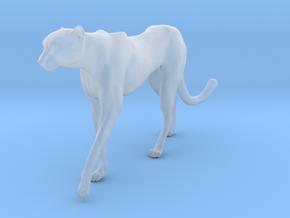 Cheetah 1:22 Walking Male 4 in Smooth Fine Detail Plastic