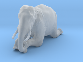 Indian Elephant 1:25 Kneeling Male in Smooth Fine Detail Plastic