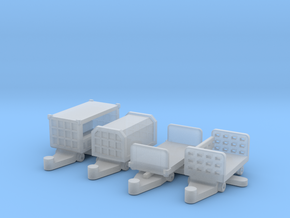 luggage trailers in Smoothest Fine Detail Plastic: 1:200