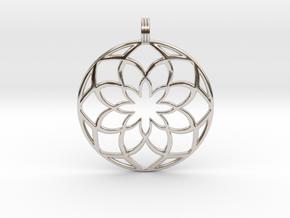 8 Petals Pendant in Platinum