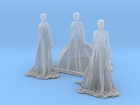 S Scale Long Dress Females in Smooth Fine Detail Plastic