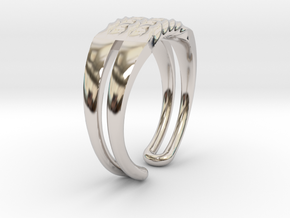Twisted ring in Platinum