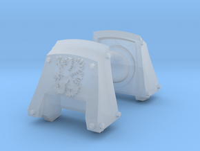 Griffons Count Dreadnought Shoulder Pads #2 in Smooth Fine Detail Plastic