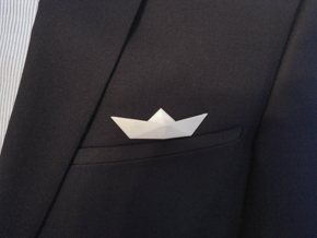 Paper boat pin3D (magnetic pin) in White Processed Versatile Plastic