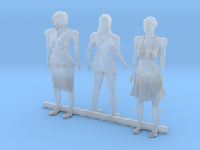 O Scale Standing Women 4 in Smooth Fine Detail Plastic