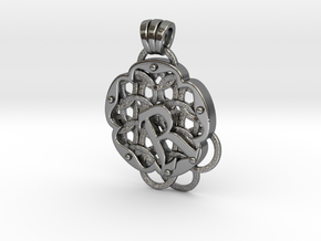 Chain Mail Pendant R in Polished Silver
