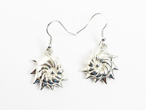 Cristellaria earrings in Polished Silver