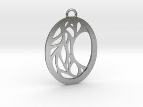 Meliae pendant metal in Natural Silver: Medium