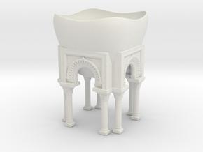 Arches planter in White Natural Versatile Plastic