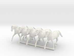 O Scale Trotting Horses in White Natural Versatile Plastic