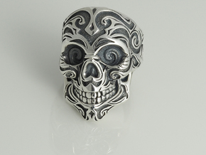 Skull Ring  in Polished Silver