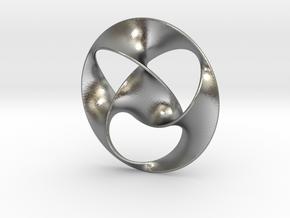 Trefoil pendant (4cm) in Natural Silver