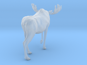 Moose 1:72 Walking Male in Smoothest Fine Detail Plastic