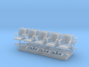 HO Scale rolling office chairs x10 in Smooth Fine Detail Plastic