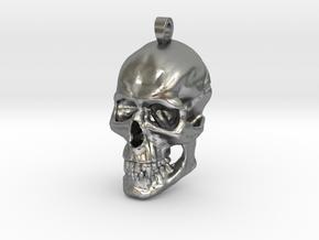 skull pendant in Natural Silver