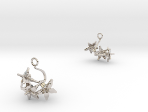 Tomato earring with three small flowers in Rhodium Plated Brass