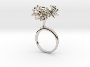 Peach ring with three small flowers in Rhodium Plated Brass: 7.25 / 54.625