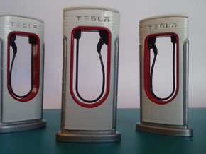 TESLA FAST CHARGER 1/24 in White Natural Versatile Plastic