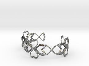 Swan-Heart Bracelet in Polished Silver