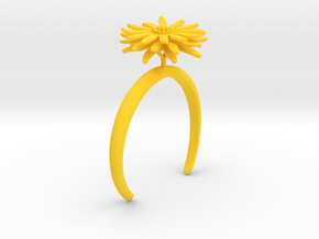 Daisy bracelet with one large flower in Yellow Processed Versatile Plastic: Medium