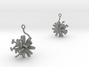 Chicory earring with one large flower in Gray PA12