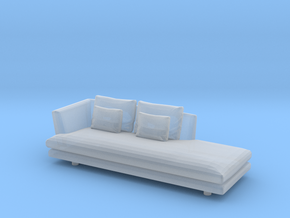 1:24 Sofa in Smooth Fine Detail Plastic: 1:24