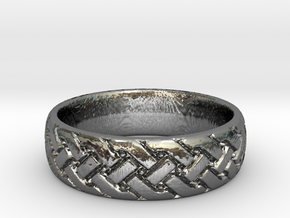 Celtic knot seamless Ring in Fine Detail Polished Silver