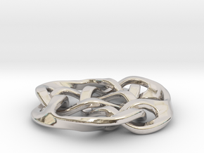 celtic knot 30mm in Platinum