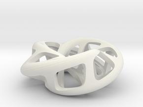 Moebius torus 3-sided in White Natural Versatile Plastic