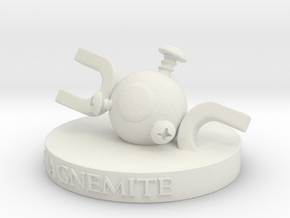 Magnemite  in White Natural Versatile Plastic