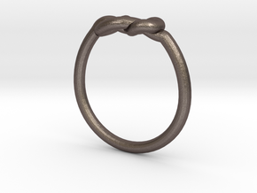 Infinity Knot-sz18 in Polished Bronzed Silver Steel