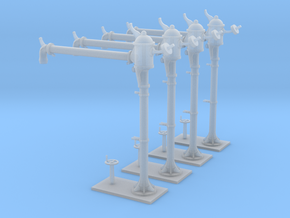 4 NMBS waterkranen / 4 colonnes SNCB (long) in Smooth Fine Detail Plastic