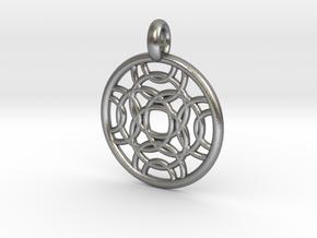 Erinome pendant in Natural Silver