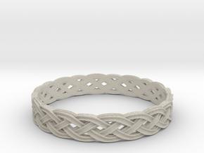Hieno Delicate Celtic Knot Size 11 in Natural Sandstone